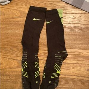 Boys set Nike dri-fit socks